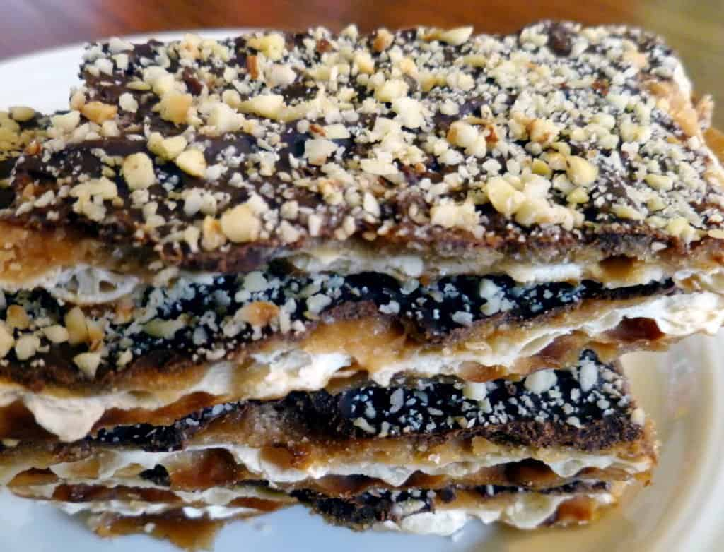 Matzoh toffee with hazelnuts