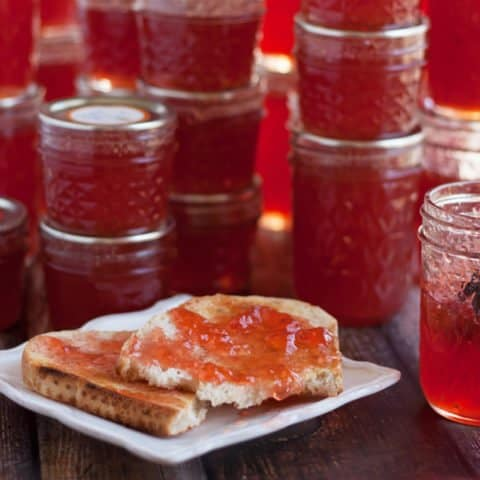 Quince Jelly with Vanilla Bean