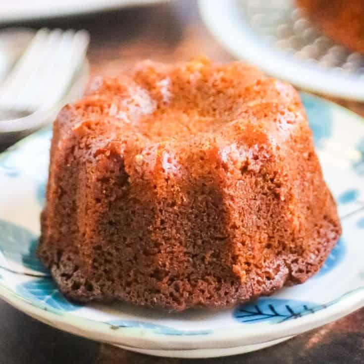 Moist, sweet, and full of honey flavor, this is the perfect honey cake for Rosh Hashanah! #honeycake #roshhashanah #jewishnewyear #jewishcooking