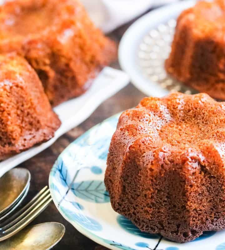Honey cake baked in a mini bundt pan on little plates