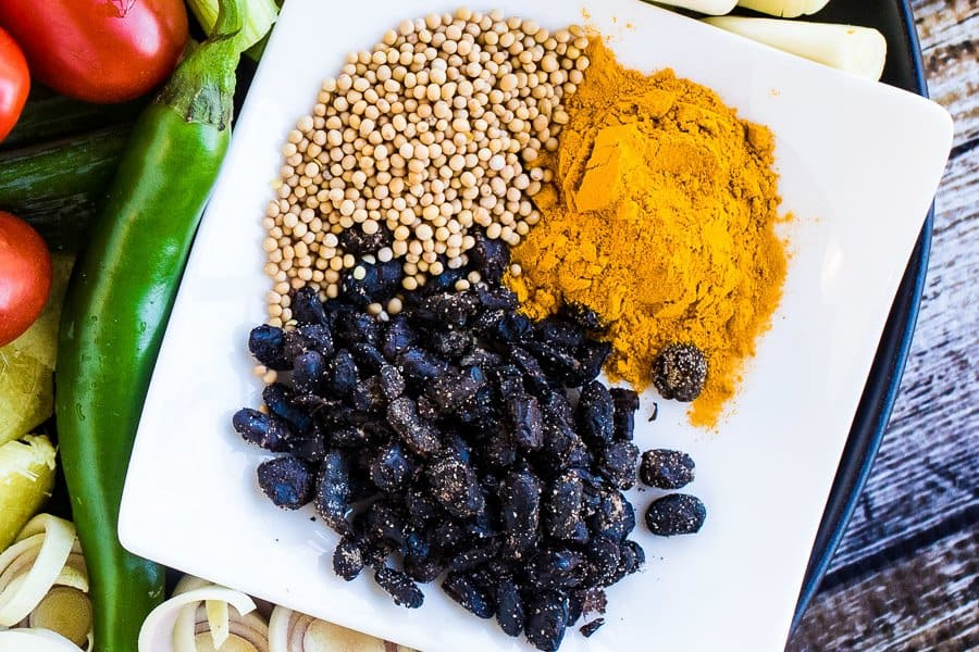 ground turmeric for turmeric pickled tomatoes