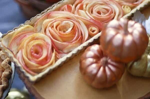 How to Make a Rose Apple Pie